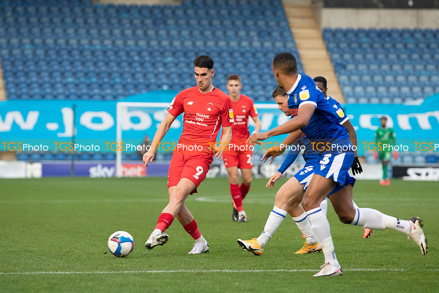 Connor Wilkinson, Leyton Orient looks to set up an opportunity as the home defence pressurise during Colchester United vs Leyton Orient, Sky Bet EFL League 2 Football at the JobServe Community Stadium on 14th November 2020