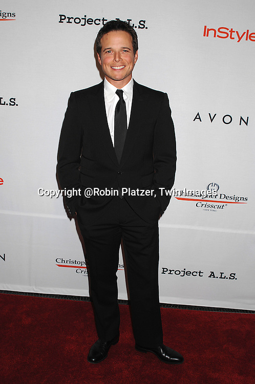 Scott Wolf..posing for photographers at The Project ALS 10th Anniversary  celebration on October 16, 2007 at ..The Waldorf Astoria in New York. ..Robin Platzer, Twin Images....212-935-0770