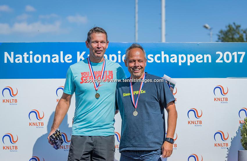 Etten-Leur, The Netherlands, August 27, 2017,  TC Etten, NVK, Winner men's 50+ , Niels de Kok (L) and runner up Rob Simon<br /> Photo: Tennisimages/Henk Koster