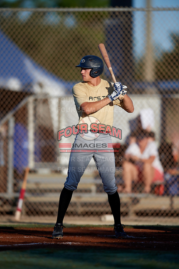 Bailey Uderitz during the WWBA World Championship at the Roger Dean Complex on October 19, 2018 in Jupiter, Florida.  Bailey Uderitz is an outfielder from Delray Beach, Florida attends American Heritage High School and is committed to Pepperdine.  (Mike Janes/Four Seam Images)