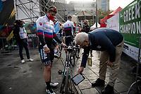 mechanical doping testing on Juraj Sagan's (SVK/BORA - hansgrohe) bike at the race start in Antwerpen<br /> <br /> Elite Men World Championships - Road Race<br /> from Antwerp to Leuven (268.3km)<br /> <br /> UCI Road World Championships - Flanders Belgium 2021<br /> <br /> ©kramon