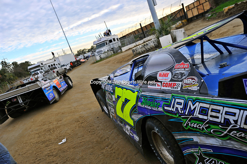 Feb 12, 2011; 5:38:52 PM; Gibsonton, FL., USA; The Lucas Oil Dirt Late Model Racing Series running The 35th annual Dart WinterNationals at East Bay Raceway Park.  Mandatory Credit: (thesportswire.net)