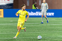 FOXBOROUGH, MA - OCTOBER 3: Walker Zimmerman #25 of Nashville SC looks to pass during a game between Nashville SC and New England Revolution at Gillette Stadium on October 3, 2020 in Foxborough, Massachusetts.