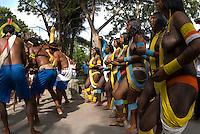 X JOGOS DOS POVOS INDÍGENAS <br /> Índios Kaiapó dançam durante os jogos indígenas.<br /> Os Jogos dos Povos Indígenas (JPI) chegam a sua décima edição. Neste ano 2009, que acontecem entre os dias 31 de outubro e 07 de novembro. A data escolhida obedece ao calendário lunar indígena. com participação  cerca de 1300 indígenas, de aproximadamente 35 etnias, vindas de todas as regiões brasileiras. <br /> Paragominas , Pará, Brasil.<br /> Foto Paulo Santos<br /> 03/11/2009