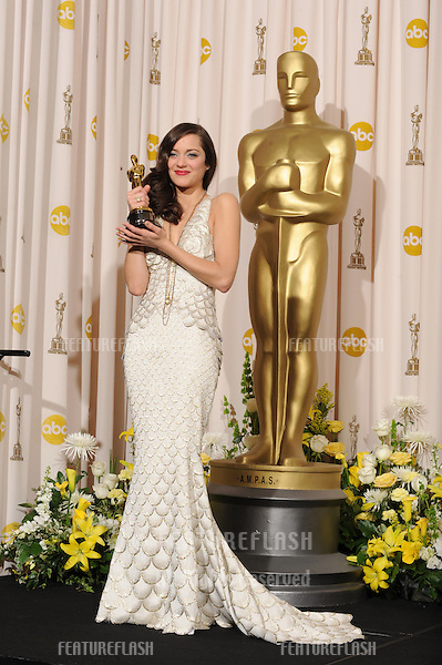 Marion Cotillard at the 80th Annual Academy Awards at the Kodak Theatre, Hollywood..February 24, 2008 Los Angeles, CA.Picture: Paul Smith / Featureflash