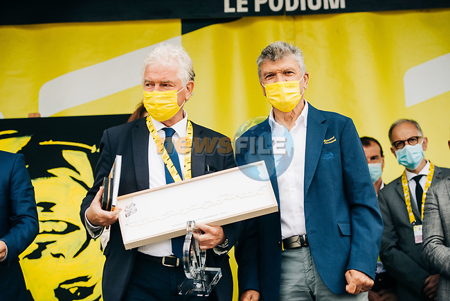 Mayor of Brest Francois Cuillandre and Bernard Thevenet A.S.O. at the opening of Stage 1 of the 2021 Tour de France, running 197.8km from Brest to Landerneau, France. 26th June 2021.  <br /> Picture: A.S.O./Romain Laurent   Cyclefile<br /> <br /> All photos usage must carry mandatory copyright credit (© Cyclefile   A.S.O./Romain Laurent)