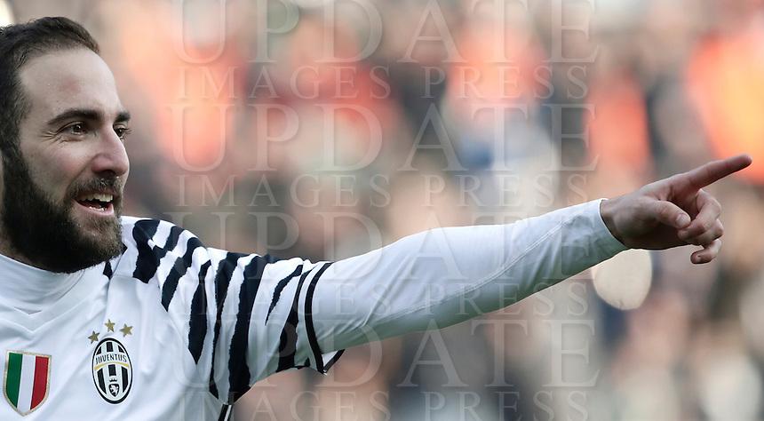 Calcio, Serie A: Sassuolo vs Juventus. Reggio Emilia, Mapei Stadium, 29 gennaio 2017. <br /> Juventus' Gonzalo Higuain celebrates after scoring during the Italian Serie A football match between Sassuolo and Juventus at Reggio Emilia's Mapei stadium, 29 January 2017<br /> UPDATE IMAGES PRESS/Isabella Bonotto