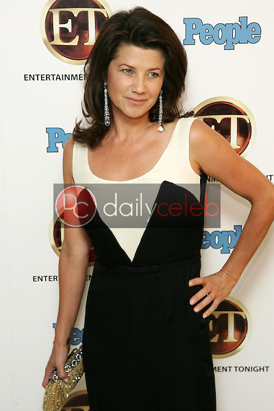 Daphne Zuniga<br />at the 10th Annual Entertainment Tonight Emmy Party Sponsored by People. Mondrian, West Hollywood, CA. 08-27-06<br />Jason Kirk/DailyCeleb.com 818-249-4998