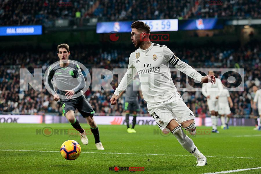 Real Madrid's Sergio Ramos and Real Sociedad's Aritz Elustondo during La Liga match between Real Madrid and Real Sociedad at Santiago Bernabeu Stadium in Madrid, Spain. January 06, 2019. (ALTERPHOTOS/A. Perez Meca)<br />  (ALTERPHOTOS/A. Perez Meca) /NortePhoto.com