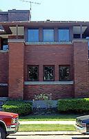 F.L. Wright: Heath House, Buffalo.  Photo '88.