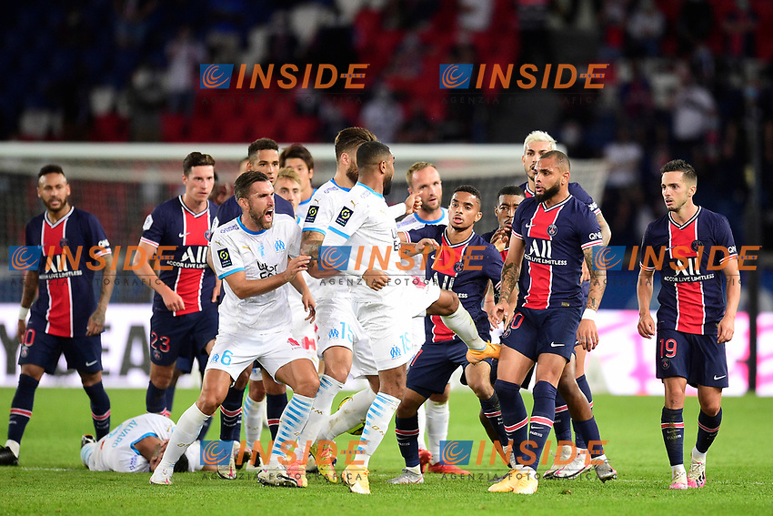 incident entre Layvin Kurzawa (PSG) et Alvaro Gonzalez (OM)  - coup de pied<br /> 13/09/2020<br /> Paris Saint Germain PSG vs Olympique Marseille OM <br /> Calcio Ligue 1 2020/2021  <br /> Foto JB Autissier Panoramic/insidefoto <br /> ITALY ONLY