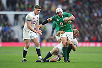 Rory Best (c) of Ireland is tackled by Chris Robshaw of England as Owen Farrell of England looks on during the NatWest 6 Nations match between England and Ireland at Twickenham Stadium on Saturday 17th March 2018 (Photo by Rob Munro/Stewart Communications)