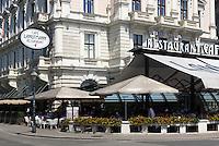 Café Landtmann beim Burgtheater, Wien, Österreich, UNESCO-Weltkulturerbe<br /> Cafè Landtmann near Burgtheater, Vienna, Austria, world heritage