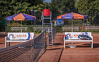 Hilversum, The Netherlands, September 2, 2018,  Tulip Tennis Center, NKS, benches and parasols<br />