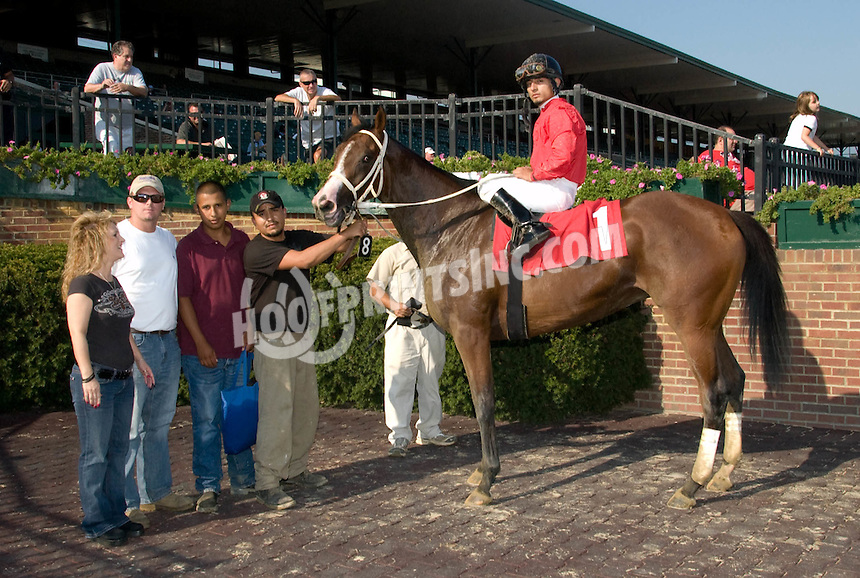 Lastchanceshelly winning at Delaware Park on 9/13/10