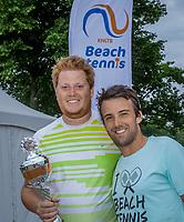 Den Bosch, Netherlands, 17 June, 2017, Tennis, Ricoh Open,  Beach tennis tournament, winners men's .<br /> Photo: Henk Koster/tennisimages.com