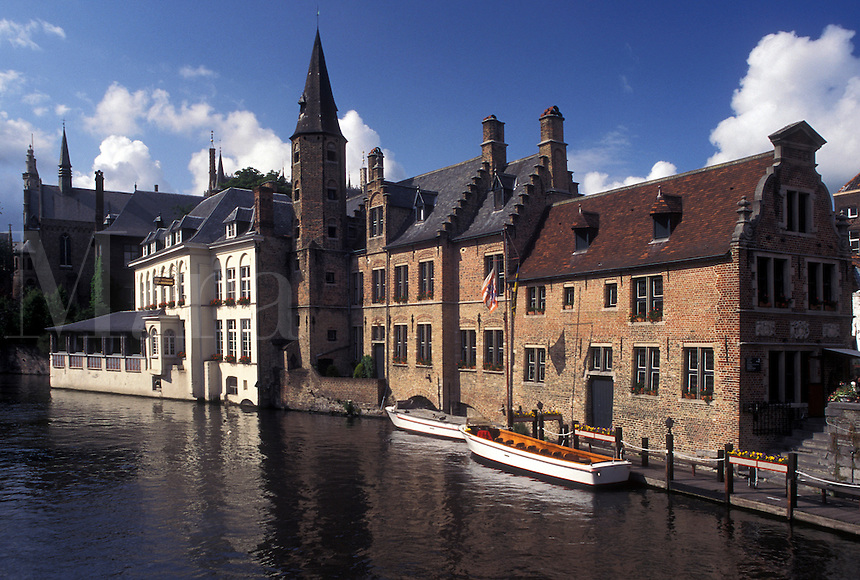 Brugge, Bruges, Belgium, West-Vlaanderen, Europe, Historical buildings along the canal in Bruges.