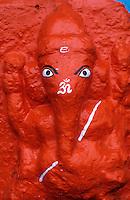 INDIA, Ujjain, hindu god Ganesh elephant headed / INDIEN, Hindu Gottheit Ganesh mit Elefant Kopf