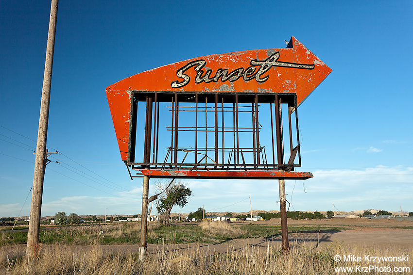 """Abandoned """"Sunset"""" Sign in Miles City, MT"""