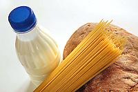 Crisi economica. Calo dei consumi alimentari a causa dell' aumento dei prezzi. Economic Crisis. Decline in food consumption because of price increase.