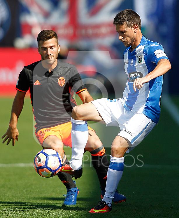 CD Leganes' Omar Ramos (r) and Valencia CF's Jose Luis Gaya during La Liga match. September 25,2016. (ALTERPHOTOS/Acero)