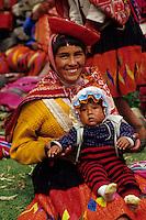 Wolloq, Urubamba Valley, Peru - Quechua Mother and Child