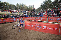 Sanne Cant (BEL/Enertherm-BKCP) cornering first in the deep sand<br /> <br /> 2016 Belgian National CX Championships