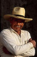 """Amérique/Amérique du Sud/Pérou/Env d'Arequipa : Portrait d'un homme  au café """"Chez Lucila"""""""