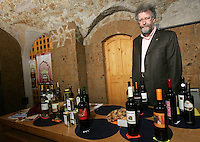 Piergiorgio Olivetti, direttore di Citta' Slow, nell'Enoteca Regionale di Orvieto, 20 maggio 2008..UPDATE IMAGES PRESS/Riccardo De Luca