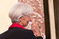 Il direttore operativo del Fondo Monetario Internazionale Christine Lagarde (FMI) arriva a Palazzo Chigi per incontrare il Presidente del Consiglio, a Roma, 10 dicembre 2014.<br /> International Monetary Fund (IMF) Managing Director Christine Lagarde arrives to meet Italian Premier at Chigi Palace government office in Rome, 10 December 2014.