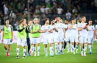 Round of honor Team MG, Soccer 1st Bundesliga, 1st matchday, Borussia Monchengladbach (MG) - FC Bayern Munich (M), on 08/13/2021 in Borussia Monchengladbach / Germany. #DFL regulations prohibit any use of photographs as image sequences and / or quasi-video # Â