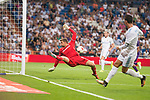 Real Madrid's Cristiano Ronaldo and Fiorentina's Barttomiej Dragowski during XXXVIII Santiago Bernabeu Trophy at Santiago Bernabeu Stadium in Madrid, Spain August 23, 2017. (ALTERPHOTOS/Borja B.Hojas)