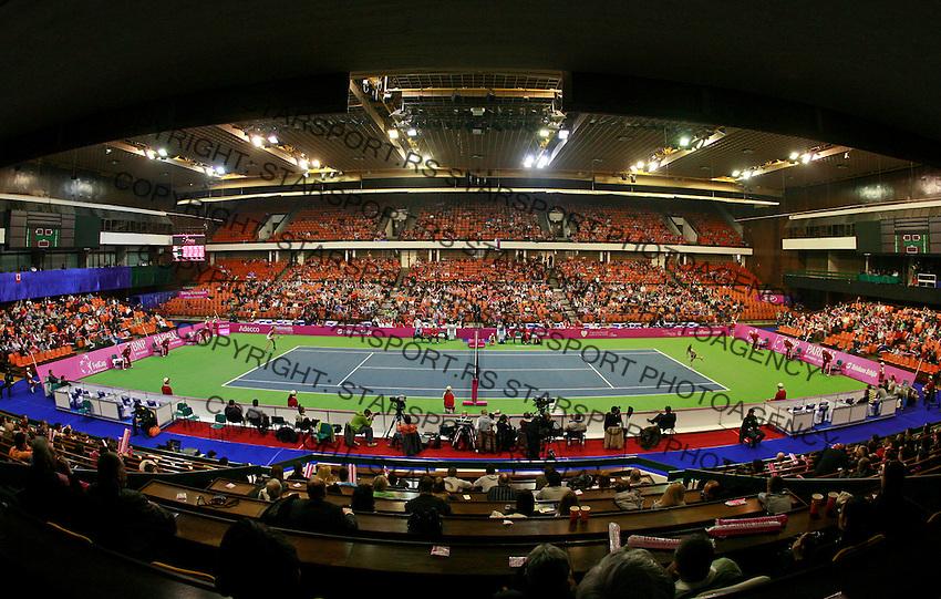 SPENS total general overview Fed Cup match Serbia vs Canada, World group II, first round, Novi Sad, Serbia, SPENS Sports Center, Saturday, February 05, 2011. (credit & photo: Pedja Milosavljevic / +381641260959 / thepedja@gmail.com / STARSPORT)