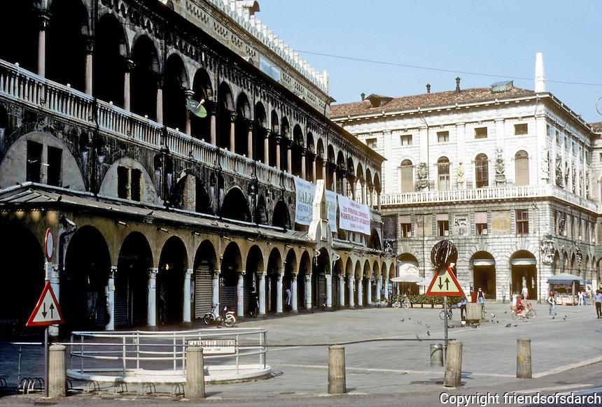 Italy: Padua--the Law Courts (Palazzo Della Ragione) and Piazza Delle Erbe. Photo '83.
