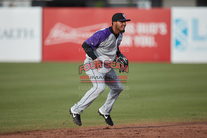 Winston-Salem Dash shortstop Lenyn Sosa (25) on defense against the Greensboro Grasshoppers at First National Bank Field on June 3, 2021 in Greensboro, North Carolina. (Brian Westerholt/Four Seam Images)