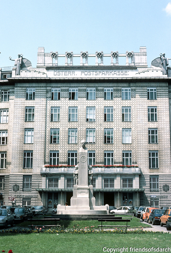 Otto Wagner: Postal Savings Bank, Vienna 1904-06. In foreground, bust of Bank creator, Georg Coch.