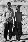 IRAN -  TRA TEHERAN E ISFAHAN  1968