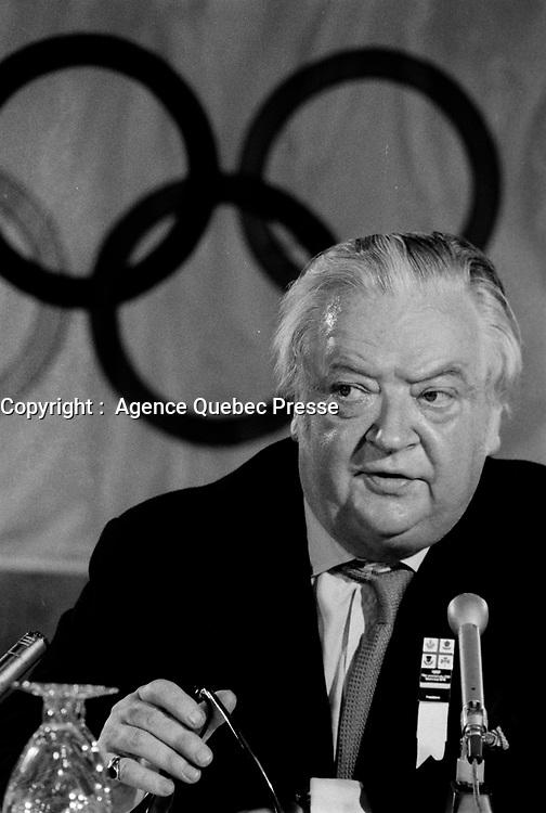 Lord Killanin, President du comite olympique s'adresse aux medias montrealais, le 5 juillet 1976<br /> <br /> <br /> PHOTO : Agence Quebec Presse - Alain Renaud