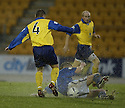 20/12/03          Copyright Pic : James Stewart.File Name : stewart02-stjohn_v_qos.SIMON DONNELLY CHALLENGES DAVID BAGEN..... .Payment should be made to :-.James Stewart Photo Agency, 19 Carronlea Drive, Falkirk. FK2 8DN      Vat Reg No. 607 6932 25.Office     : +44 (0)1324 570906     .Mobile  : +44 (0)7721 416997.Fax         :  +44 (0)1324 570906.E-mail  :  jim@jspa.co.uk.If you require further information then contact Jim Stewart on any of the numbers above.........