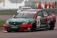 Round 10 of the 2007 British Touring Car Championship. #88 Alain Menu (CHE). VX Racing. Vauxhall Vectra.