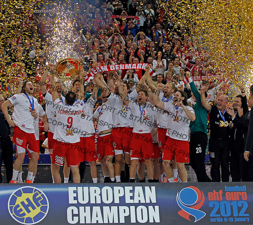 Denmark national handball team players celebrate after men`s EHF EURO 2012 handball championship game against Serbia in Belgrade, Serbia, Sunday, January 29, 2011.  (photo: Pedja Milosavljevic / thepedja@gmail.com / +381641260959)