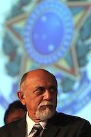 O governador eleito Simão Jatene (PSDB-PA) durante diplomação realizada pelo TRE - PA dos eleitos nas eleições 2010, na noite desta sexta – feira (17).<br /> Foto: Lucivaldo Sena/ Data: 17.12.2010<br /> Belém - Pará