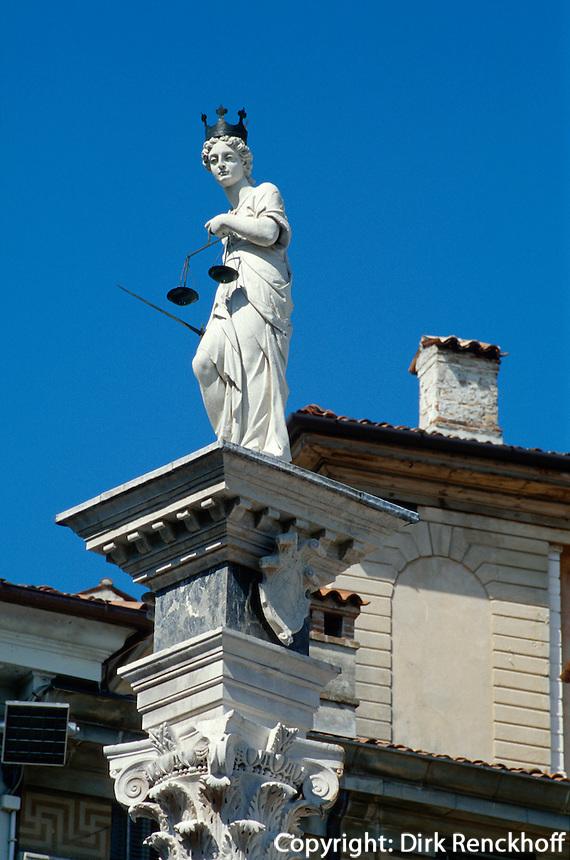 Figur auf Piazza della Libertà, Udine,  Venetien, Italien