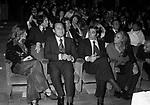 ALBERTO SORDI CON FABIO TESTI E URSULA ANDRESS<br /> TEATRO SISTINA 1983