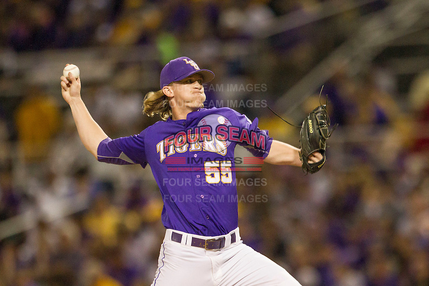 LSU Tigers pitcher Hunter Newman (55) delivers a pitch to the plate during a Southeastern Conference baseball game against the Texas A&M Aggies on April 24, 2015 at Alex Box Stadium in Baton Rouge, Louisiana. LSU defeated Texas A&M 9-6. (Andrew Woolley/Four Seam Images)