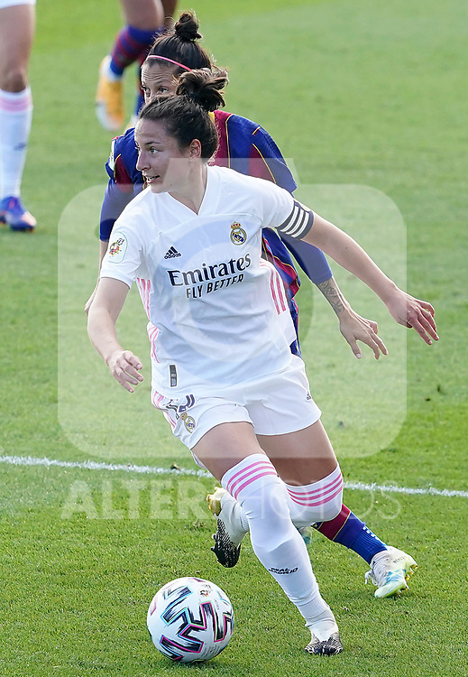 First official match and first classic in the history of women's Real Madrid.<br /> Real Madrid's Ivana Andres (f) and FC Barcelona's Jennifer Hermoso during Spanish Female League match. October 4,2020. (ALTERPHOTOS/Acero)