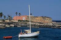 Afrique/Afrique de l'Ouest/Sénégal/Gorée : Le fort et le port