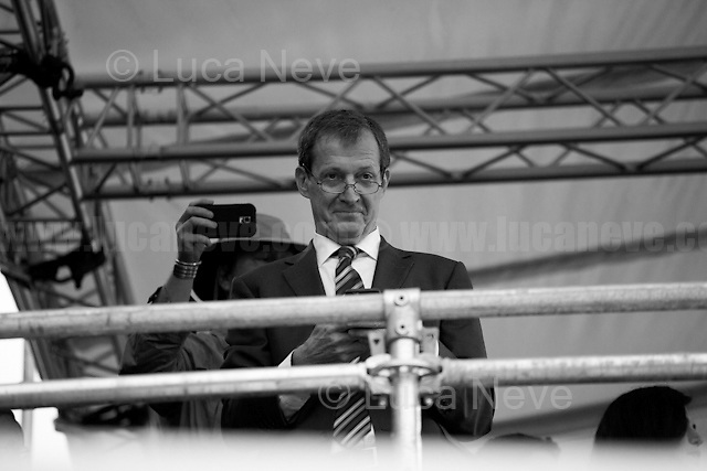 """Alastair Campbell (British journalist, broadcaster, political aide and author, best known for his work as Director of Communications and Strategy for prime minister Tony Blair between 1997 and 2003).<br /> <br /> 28.06.2016 - """"London STILL Stays!- Demo in Trafalgar Square & College Green"""".<br /> <br /> London, March-July 2016. Reporting the EU Referendum 2016 (Campaign, result and outcomes) observed through the eyes (and the lenses) of an Italian freelance photojournalist (UK and IFJ Press Cards holder) based in the British Capital with no """"press accreditation"""" and no timetable of the main political parties' events in support of the RemaIN Campaign or the Leave the EU Campaign.<br /> On the 23rd of June 2016 the British people voted in the EU Referendum... (Please find the caption on PDF at the beginning of the Reportage).<br /> <br /> For more photos and information about this event please click here: http://lucaneve.photoshelter.com/gallery/28-06-2016-London-STILL-Stays-Demo-in-Trafalgar-Sq-College-Green/G0000j1VmmpXqi4o/C0000GPpTqAGd2Gg<br /> <br /> For more information about the result please click here: http://www.bbc.co.uk/news/politics/eu_referendum/results"""