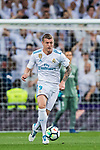 Toni Kroos of Real Madrid in action during the La Liga 2017-18 match between Real Madrid and Athletic Club Bilbao at Estadio Santiago Bernabeu on April 18 2018 in Madrid, Spain. Photo by Diego Souto / Power Sport Images