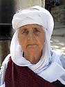 Iraq 2011 <br /> Portrait of Chome, a Yezidi woman in Lalesh <br /> Irak 2011 <br /> Portrait de Chome, femme yezidi au sanctuaire de Lalesh